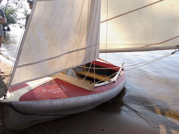 парус на 4-местную лодку